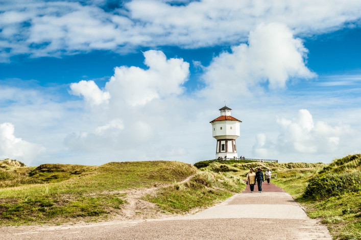 leisure-and-water-tower-on-langeoog-germany-istock_74083397_large-editorial-only-tasfotonl-2