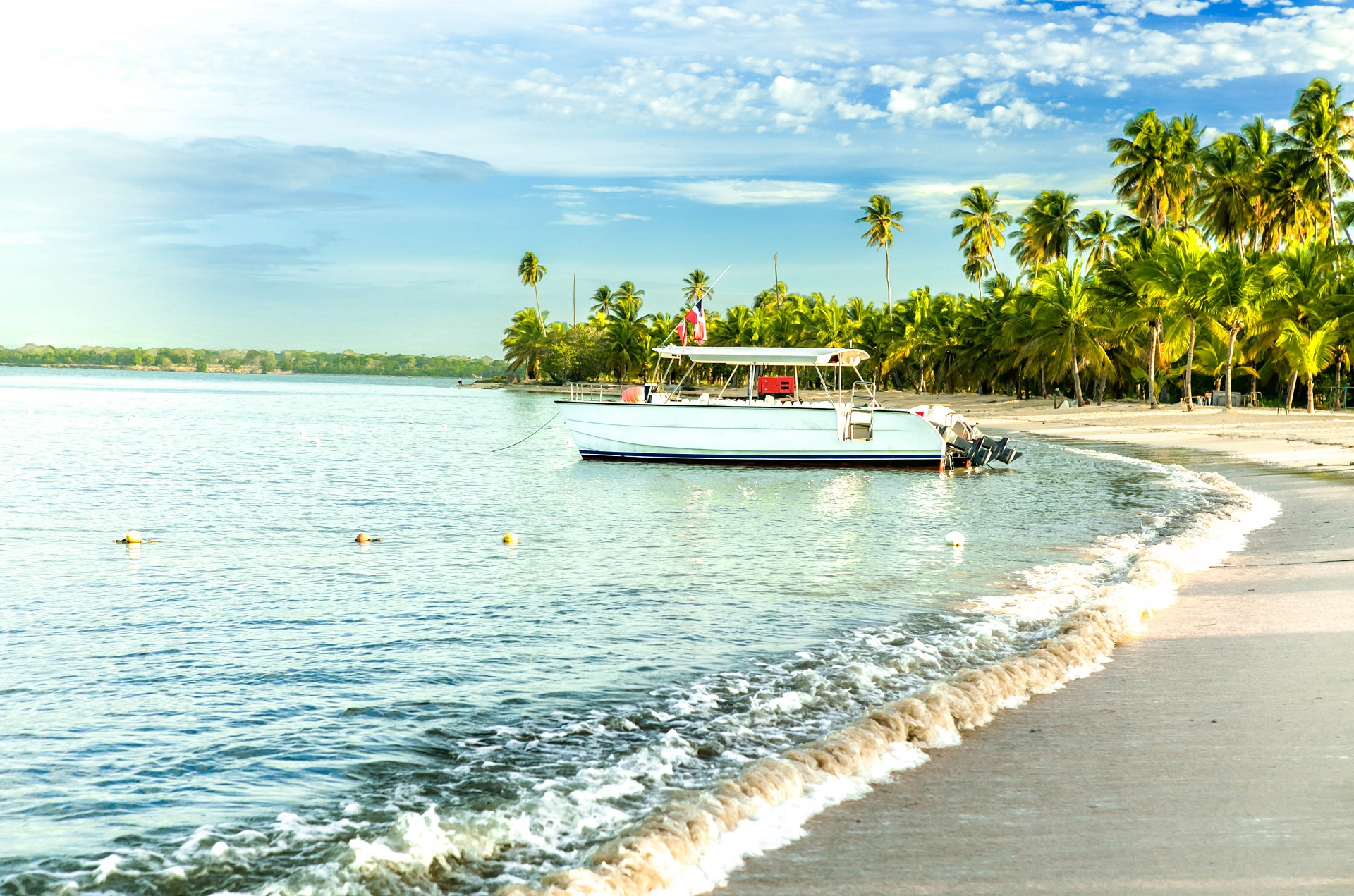 beach-in-dominican-republic-istock_000085534691_large-2