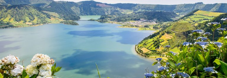 azoren-lake-of-sete-cidades-with-hortensias-azores-portugal-europe-shutterstock_217006837