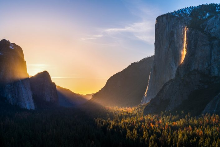fire-fall-and-the-yosemite-valley-shutterstock_388257445-2