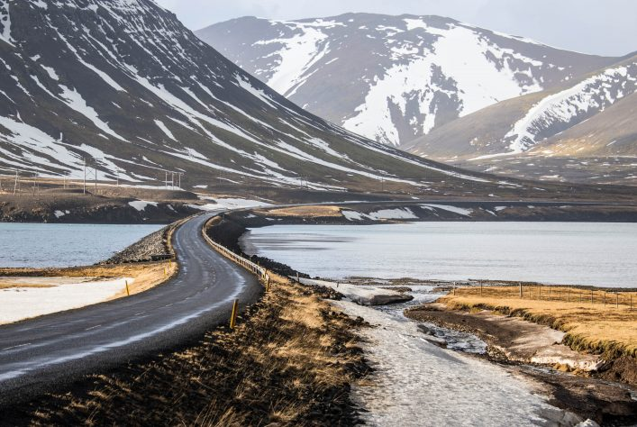 road curve in Iceland