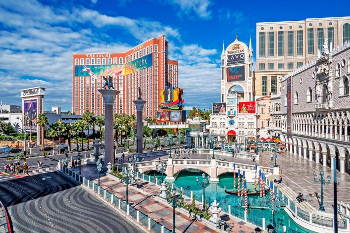 Las-Vegas-Nevada-Strip-shutterstock_524990887-EDITORIAL-ONLY-randy-andy