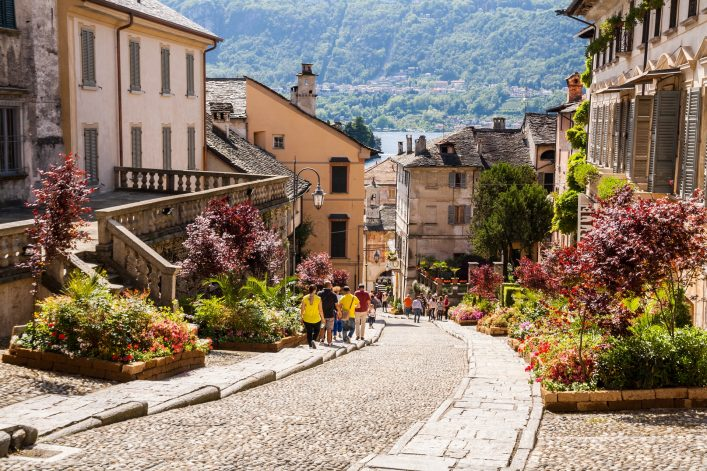 Glimpses-of-the-historical-center-of-Orta-San-Giulio-Lake-d-Orta-Novara-Piedmont-Italy-shutterstock_487023316