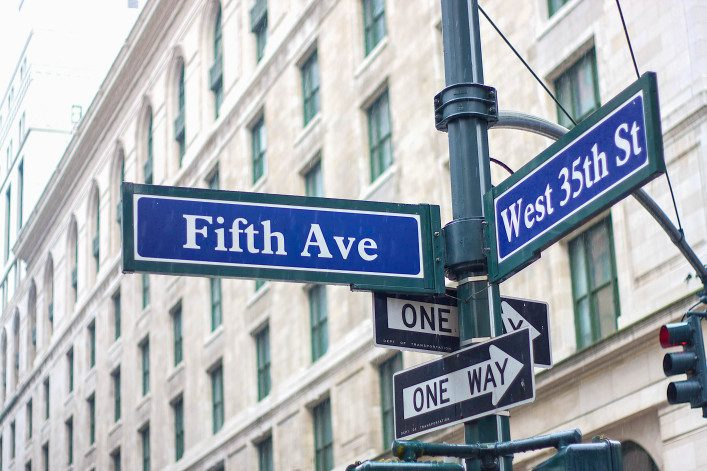 fifth ave sign