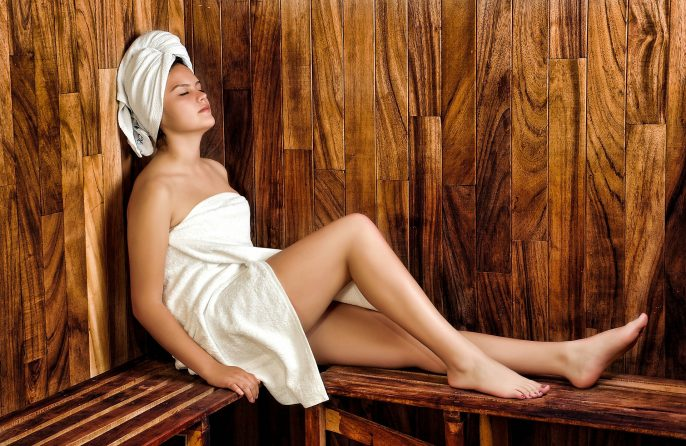 women-936549_1920-wellness-sauna-spa