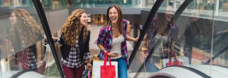 Black-Firday-Shopping-iStock-916567394