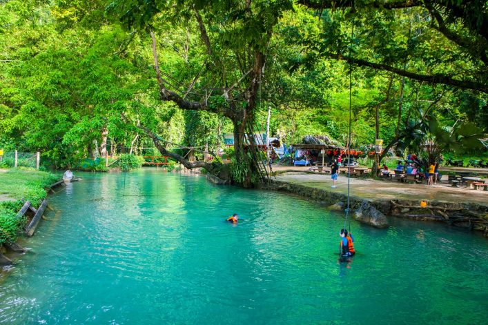 The-famous-Blue-Lagoon-in-Vang-Vieng-North-Laos-shutterstock_501542968