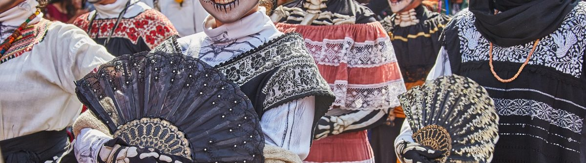EDITORIAL-ONLY-Dina-Julayeva.-Day-of-the-dead-parade-in-Mexico-city-October-29-2016.-shutterstock_714614404