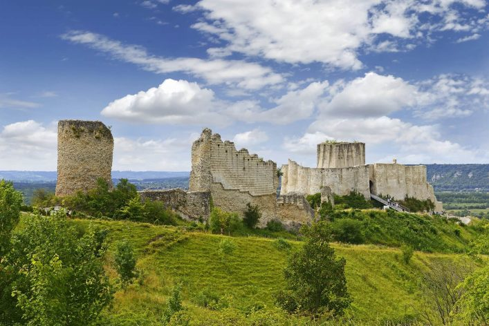 The-castle-Gaillard-in-Normandy-Les-Andelys-France_shutterstock_389272855