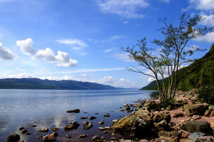 shutterstock_239394811_Loch-Ness-Scotland-and-the-countryside_900x600