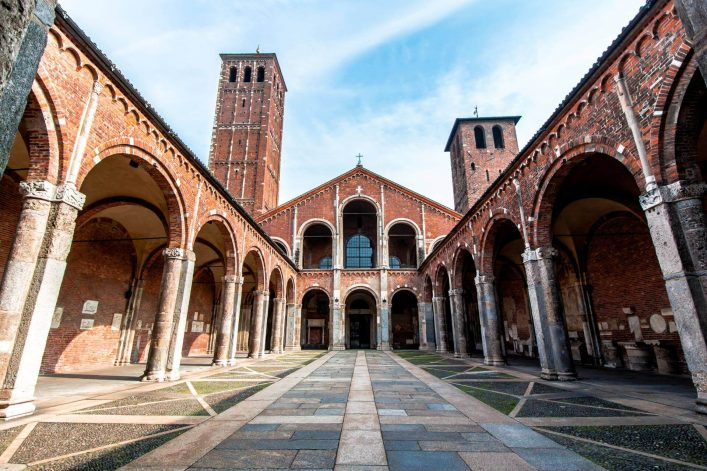 shutterstock_733470910_The-Basilica-of-SantAmbrogio-one-of-the-most-ancient-churches-in-Milan-Italy_1920_tiny