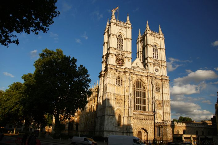 06.-Westminster-Abbey-UK_shutterstock_95493481