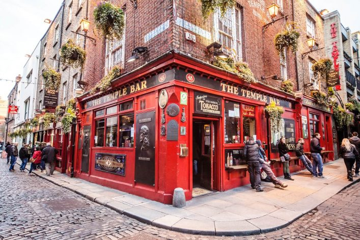 Dublin-Irland-Temple-Bar-Republik-Irland-EDITORIAL-ONLY-ngelafoto-iStock-471530011
