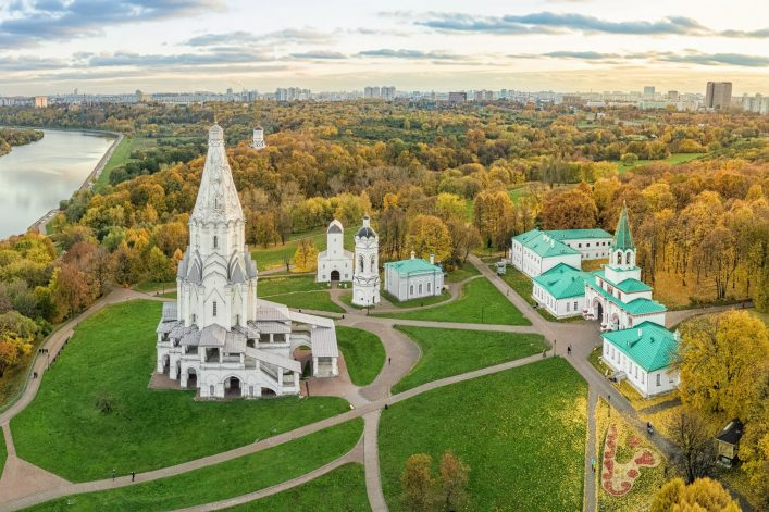 Church in Kolomenskoe park in autumn, Moscow, Russia