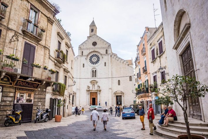 EDITORIAL-ONLY-kvika.-Duomo-di-Bari-or-Bari-Cathedral-with-the-street-view.-shutterstock_732798616
