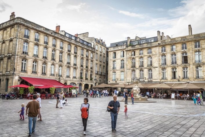 Restaurants-in-Bordeaux-EDITORIAL-ONLY-PJPhoto69-iStock-504821292