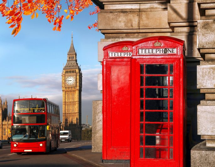 london-hop-on-hop-off-bus-telefonzelle-shutterstock_302261093-1